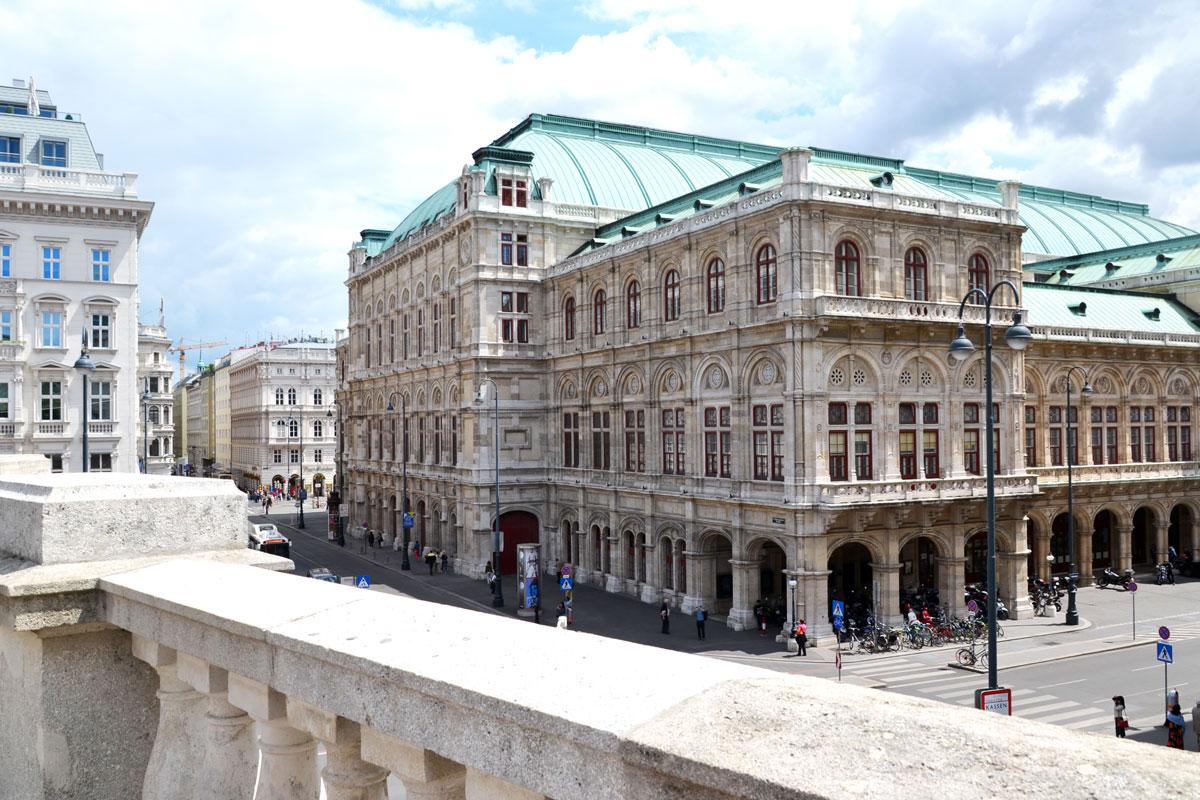 karlsplatz-viennese-opera