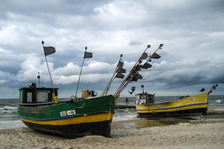 poland-pomerania-baltic-sea-STORM-FISHERMAN-BOAT