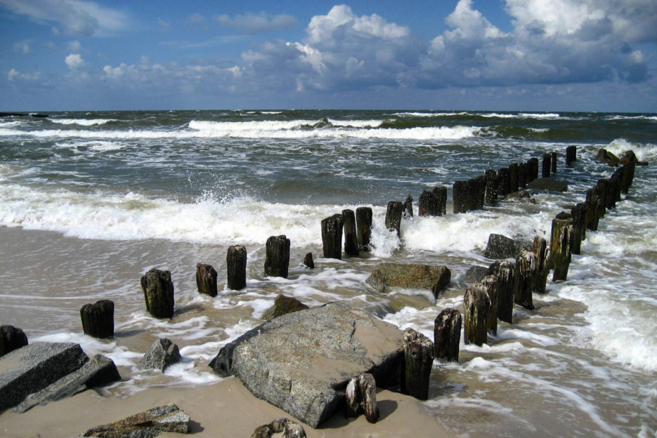 poland-pomerania-baltic-sea-beach-2
