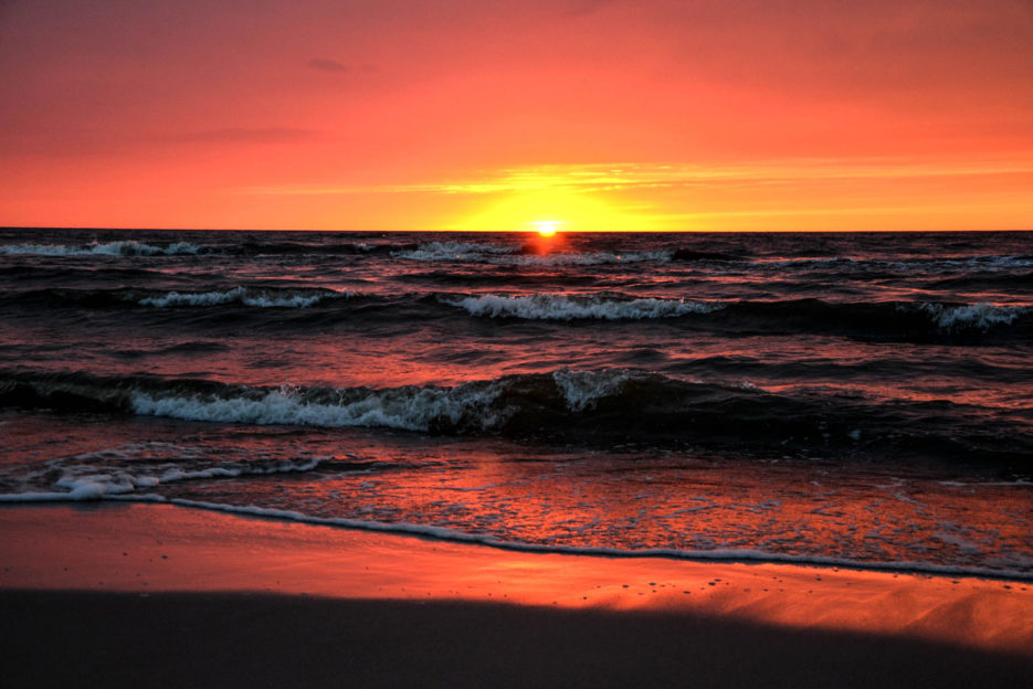 poland-pomerania-baltic-sea-sunset