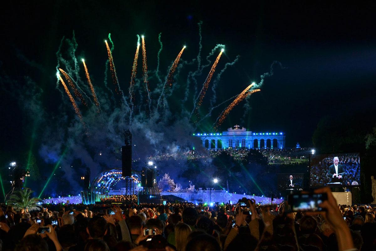 Best Vienna night views | Epepa Travel Blog