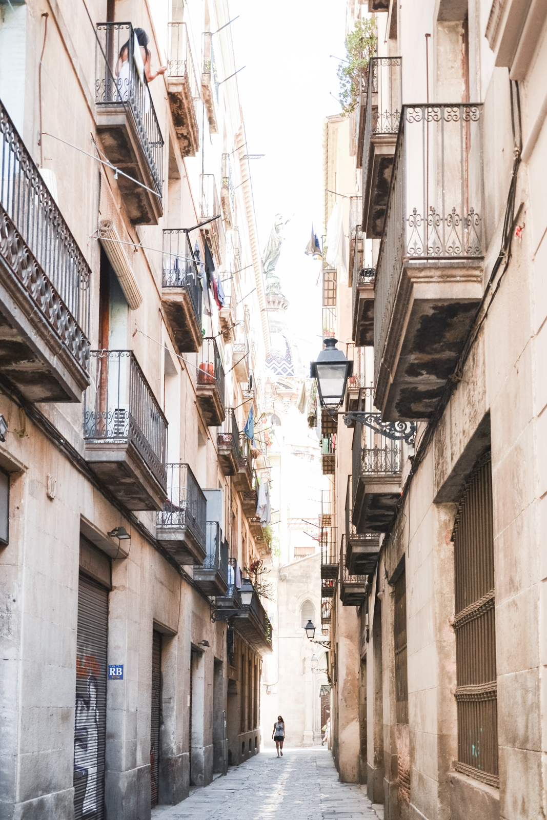 Barcelona-Charming-Barri-Gotic-by-epepa