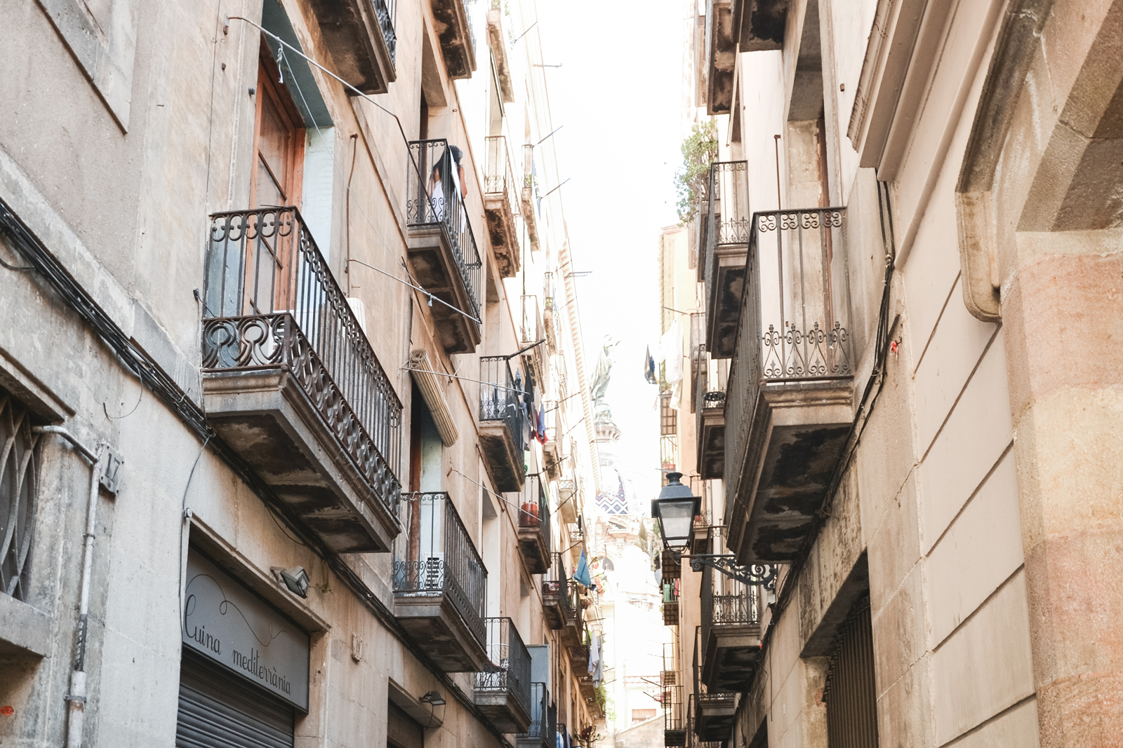 Bcn-Architecture--Barri-Gotic-by-epepa