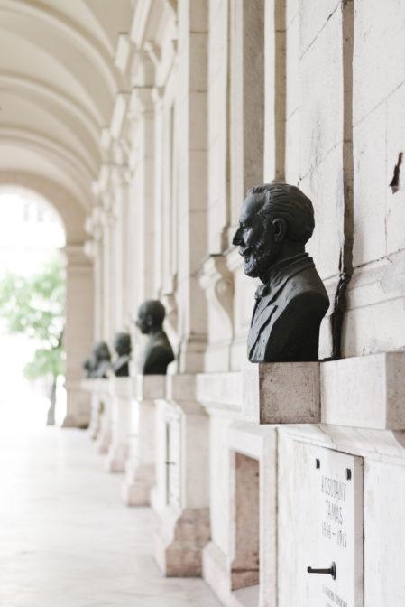 Wonderful architecture details in Budapest, Hungary - Epepa Travel Blog