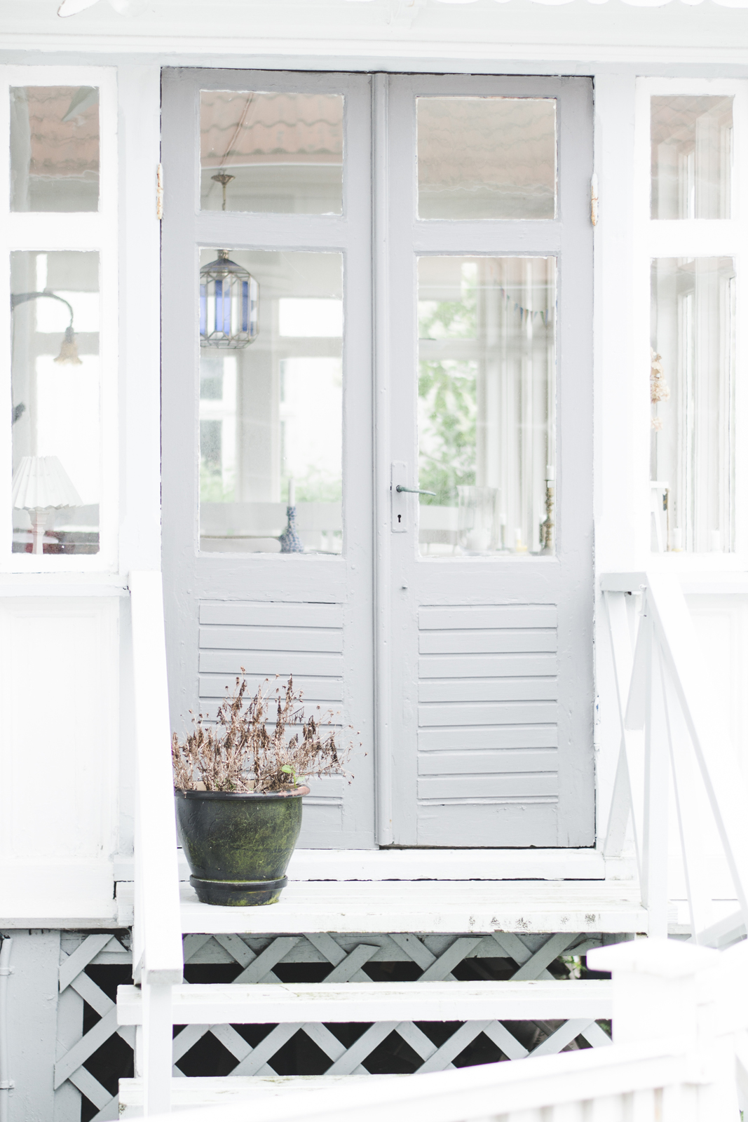 Gothenburg-Archipelago-Styrso-Tangen-Grey-Door