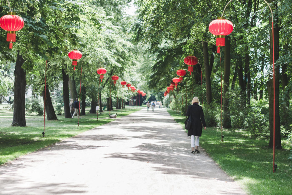 Łazienki Park in Warsaw, the best place to go for a walk in the city - Epepa Travel Blog