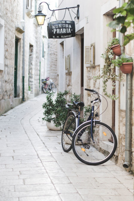 Cobblestone streets in Stari Grad, Hvar, Croatia - from travel blog: https://epepa.eu/