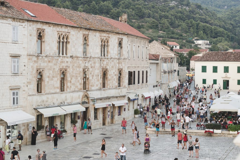 Trg Sv Stjepana in Hvar, Croatia - from travel blog: http://Epepa.eu