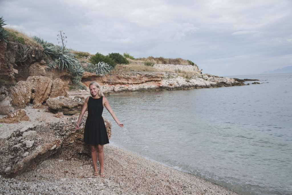 Looking for the hidden beaches of Hvar - from travel blog http://Epepa.eu