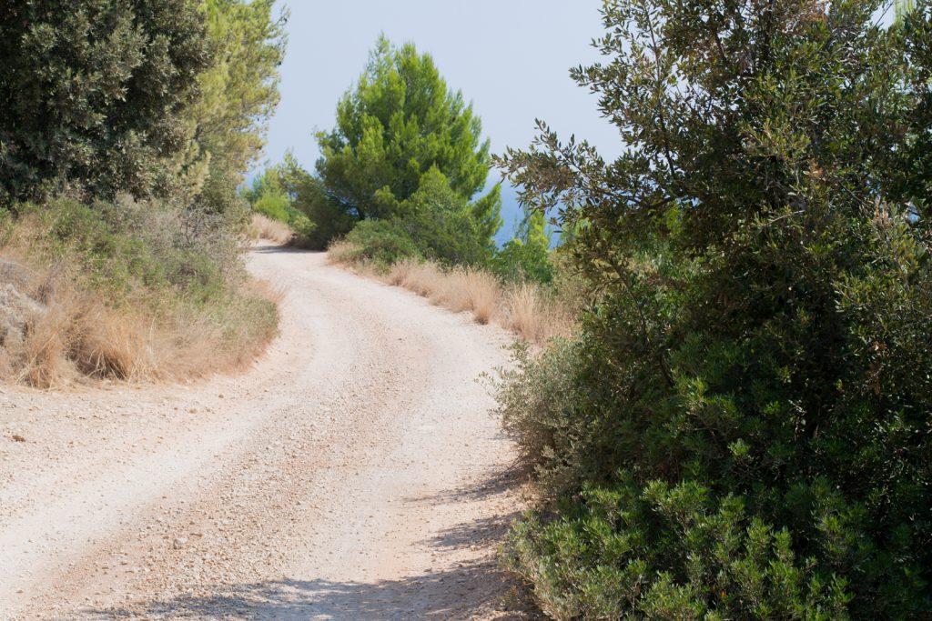 The road to Gromijn Dolac, Hvar