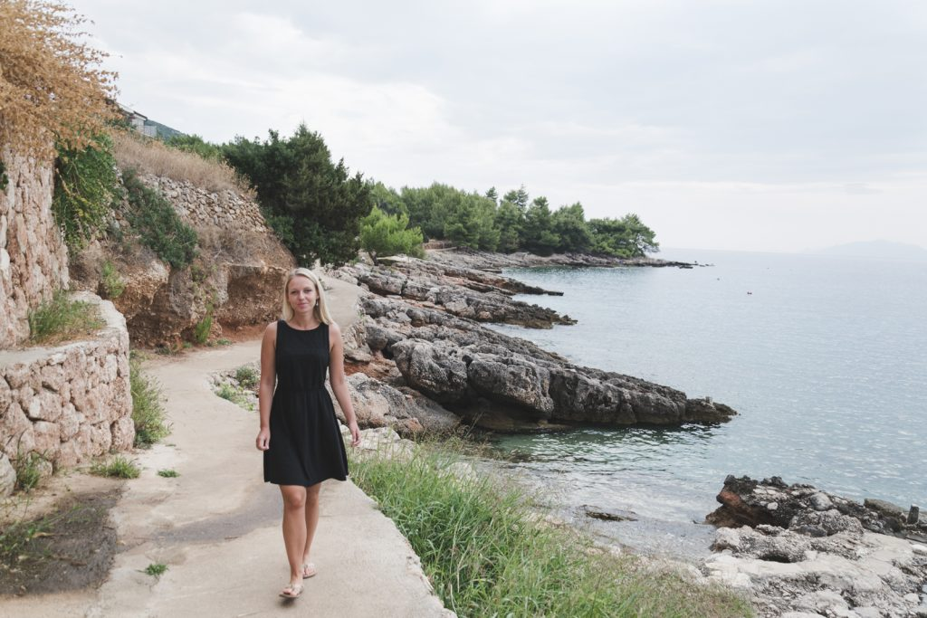 Travel blogger Epepa in Zavala, Hvar - http://Epepa.eu