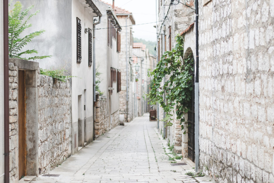Stari Grad, Croatia - 10 things to do in Hvar - from travel blog: https://epepa.eu/