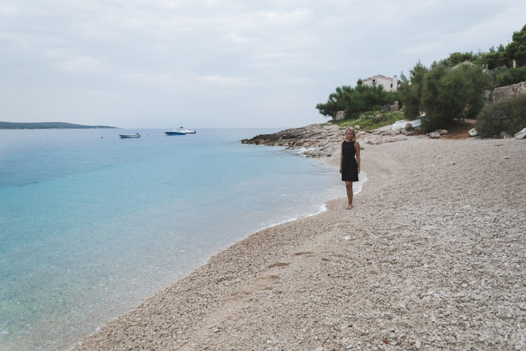 Travel blogger Epepa in Zavala, Hvar http://Epepa.eu
