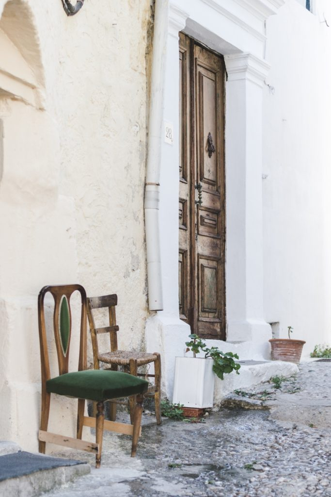 Door in Rhodes Old Town, Greece - from travel blog http://Epepa.eu