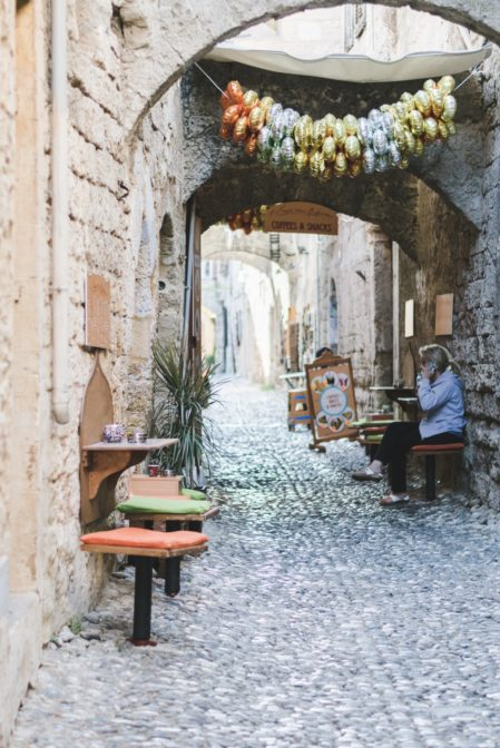 The best things to see in the Old Town od Rhodes, Greece - from travel blog https://epepa.eu/
