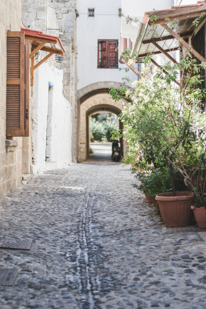 Architecture od the Old Town, Rhodes, Greece - from travel blog http://Epepa.eu