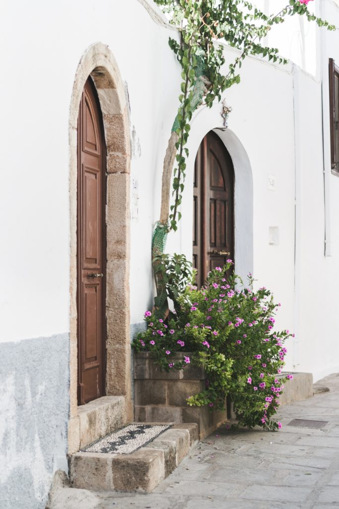 The doors in Lindos, Rhodes - from travel blog: http://Epepa.eu