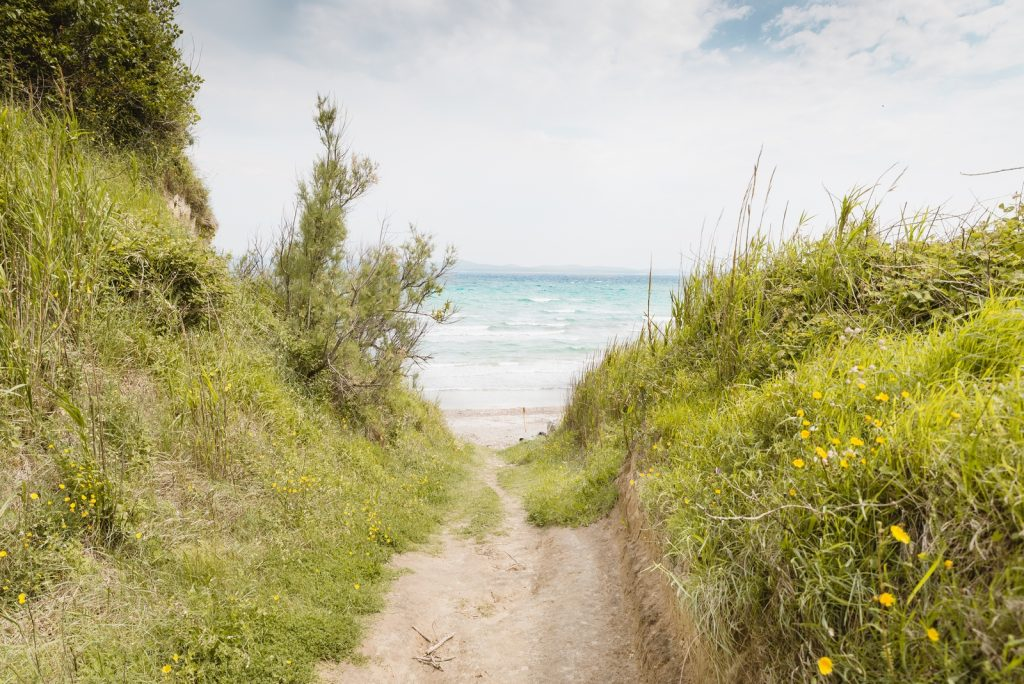 A way to the Bok Beach, Susak Island, Croatia - from travel blog: http://Epepa.eu