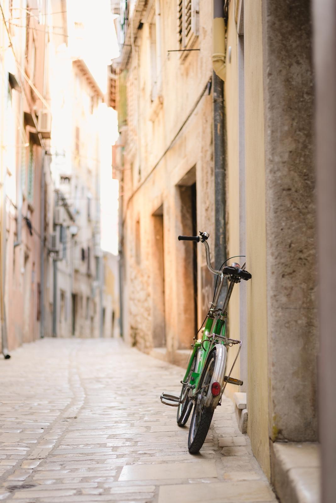 A charming street in the historic city of Rovinj, Croatia - from travel blog http://Epepa.eu