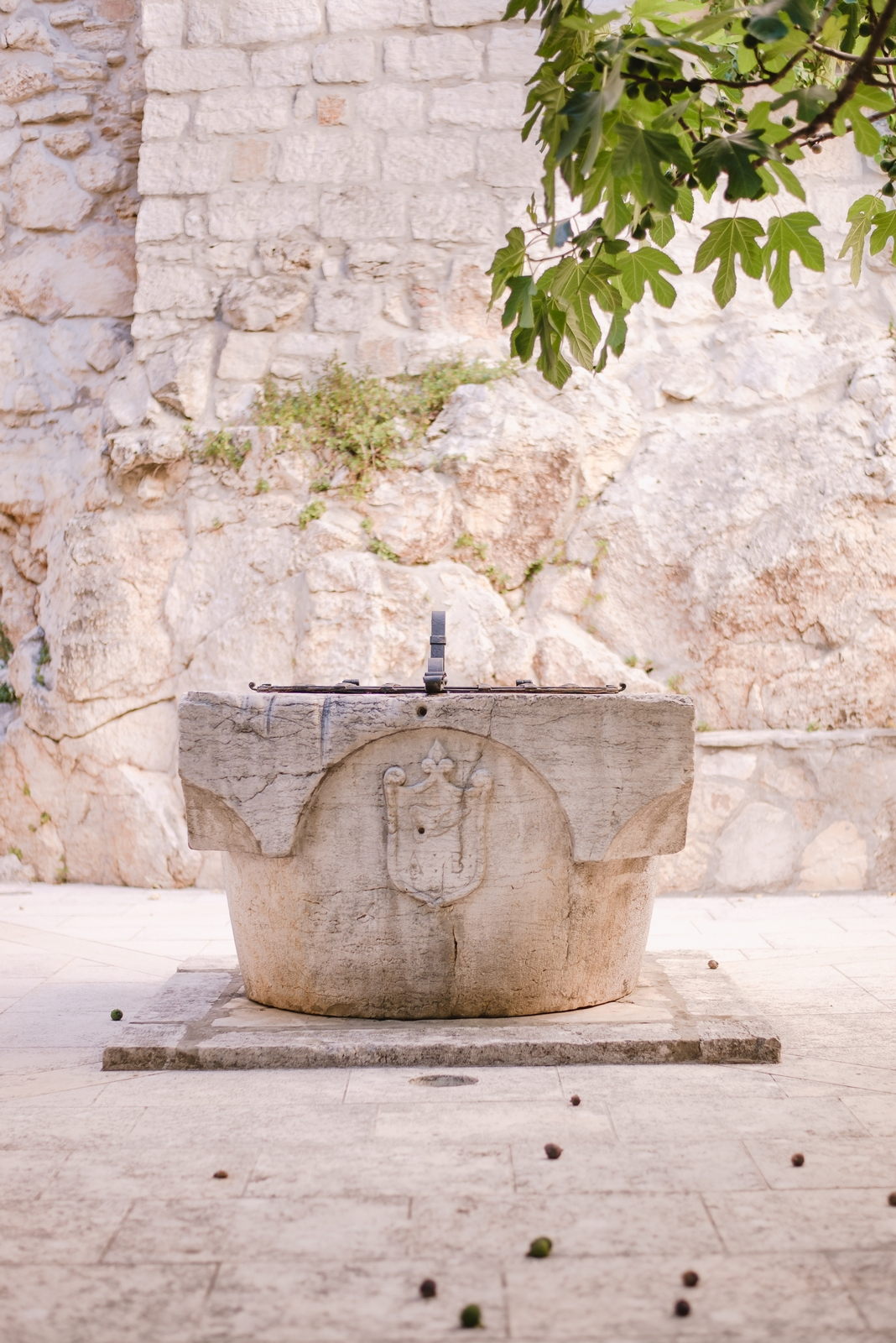 An ancient well in the old town of Rovinj, the Istrian peninsula, Croatia - from travel blog http://Epepa.eu