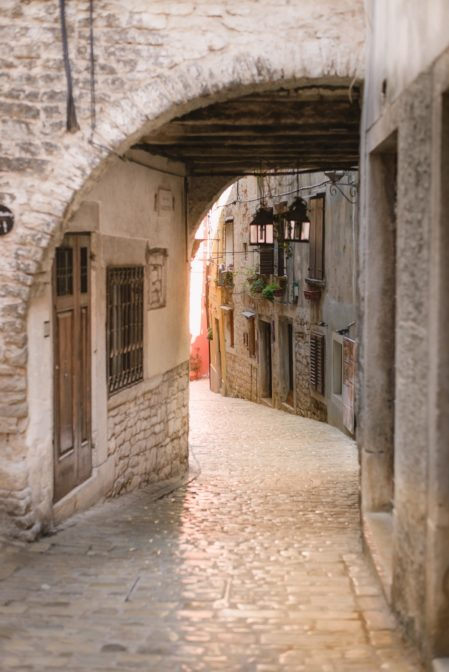 Top 10 places to visit in Rovinj, one of the most beautiful towns in Croatia. Ulica Pod Lukovima in the historical part of the city - from travel blog http://Epepa.eu