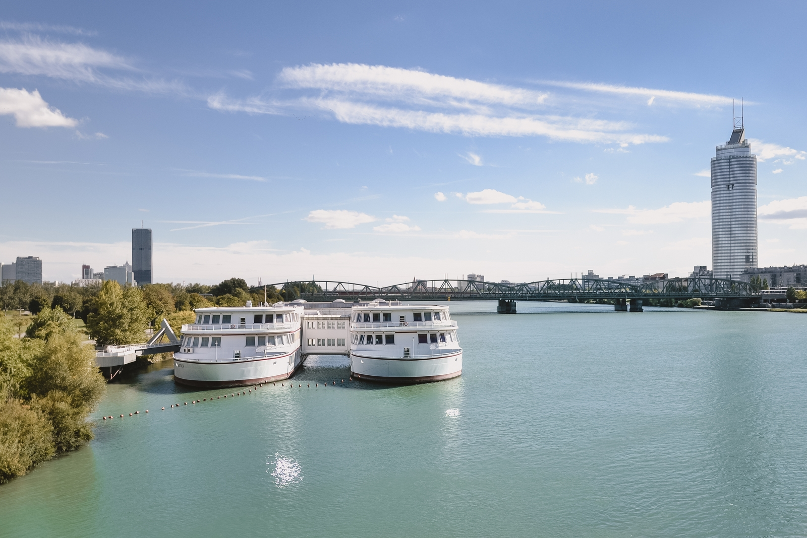 The blue Danube, one of the 10 best things to do in Vienna, Austria - from travel blog http:://Epepa.eu