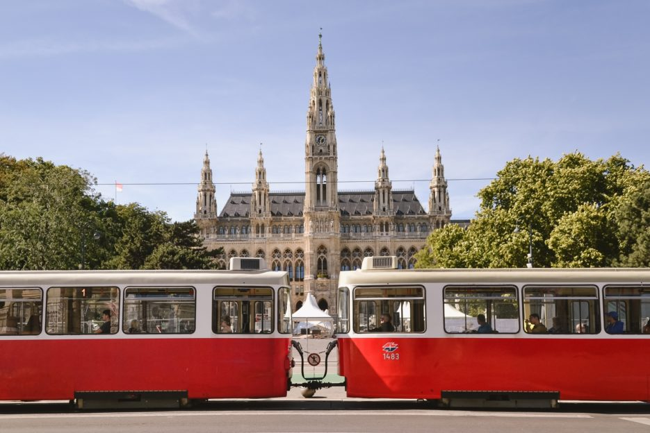 Wiener Rathaus, Ringstrasse - 10 best things to do in Vienna, Austria - from travel blog https://epepa.eu