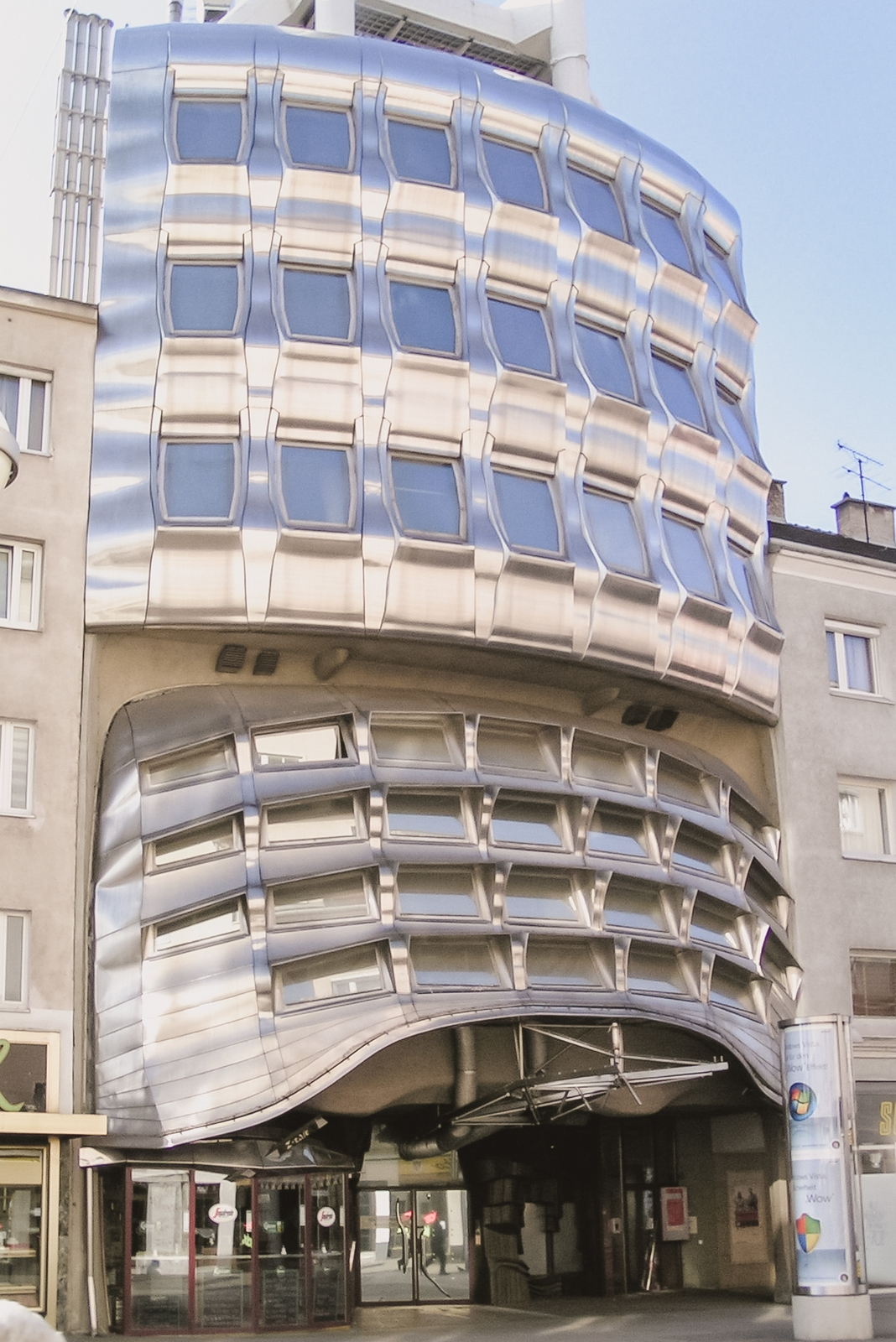 Domenig-Haus, one of the top 10 strangest buildings in Vienna - from travel blog: http:/Epepa.eu