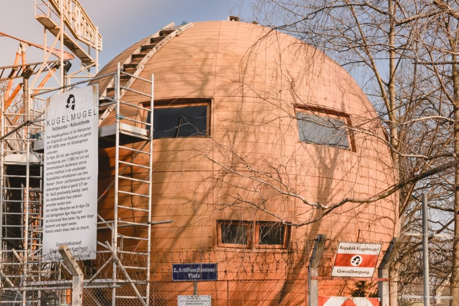 The Republic of Kugelmugel, a micronation and one of the top 10 strangest buildings in Vienna - from travel blog: https:/Epepa.eu