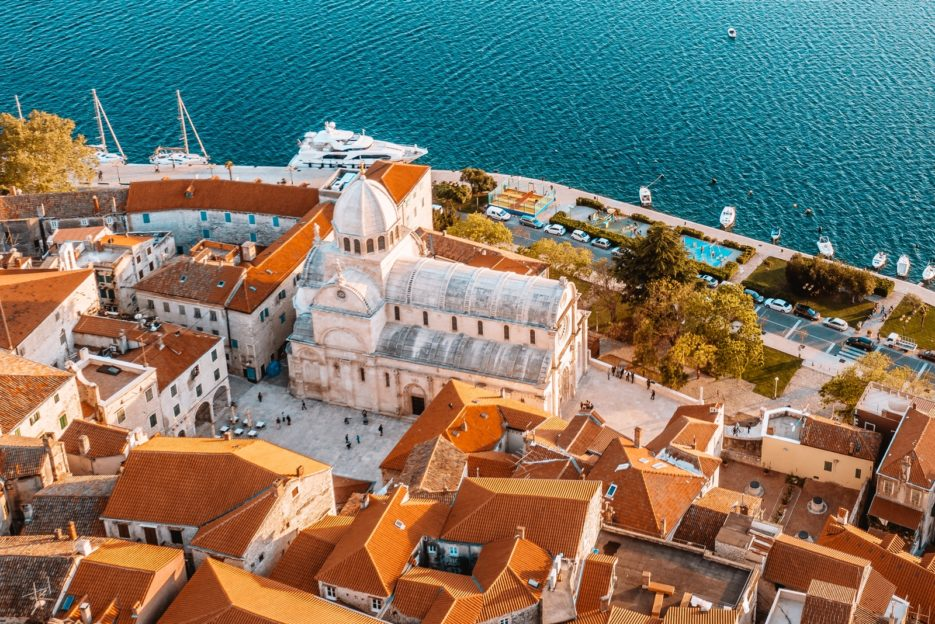 The Cathedral of St. James (Katedrala sv. Jakova / The Šibenik Cathedral) is the best thing to see in Šibenik, Croatia