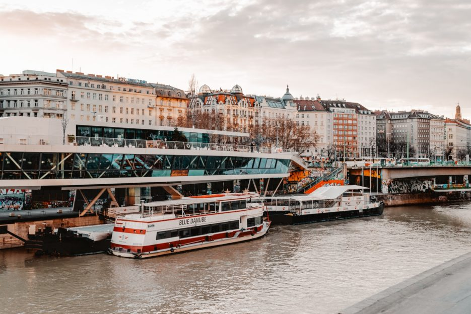 Motto am Fluss, Donaukanal (Danube Canal), Vienna, Austria