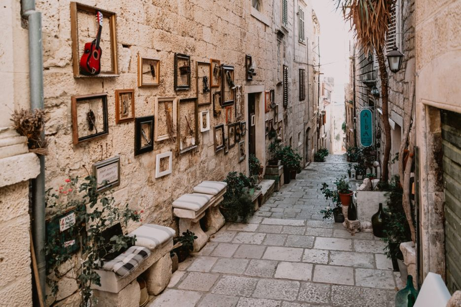 One of the best things to do in Korčula Old Town is to delve into its narrow streets