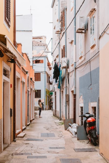 Getting lost in the narrow streets is the best thing to do in Mali Lošinj, Croatia